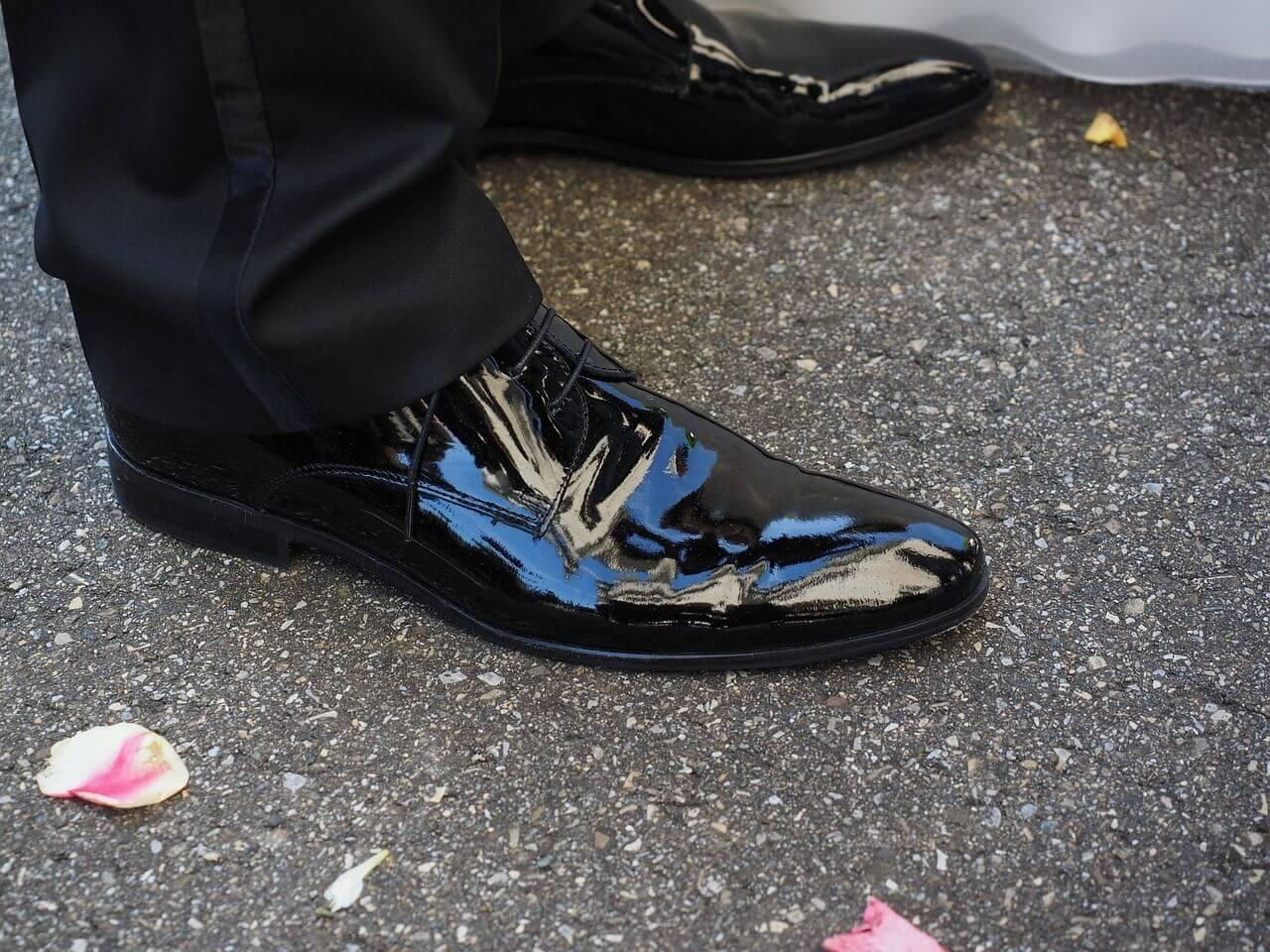 Welke kleur schoenen bij welk pak?
